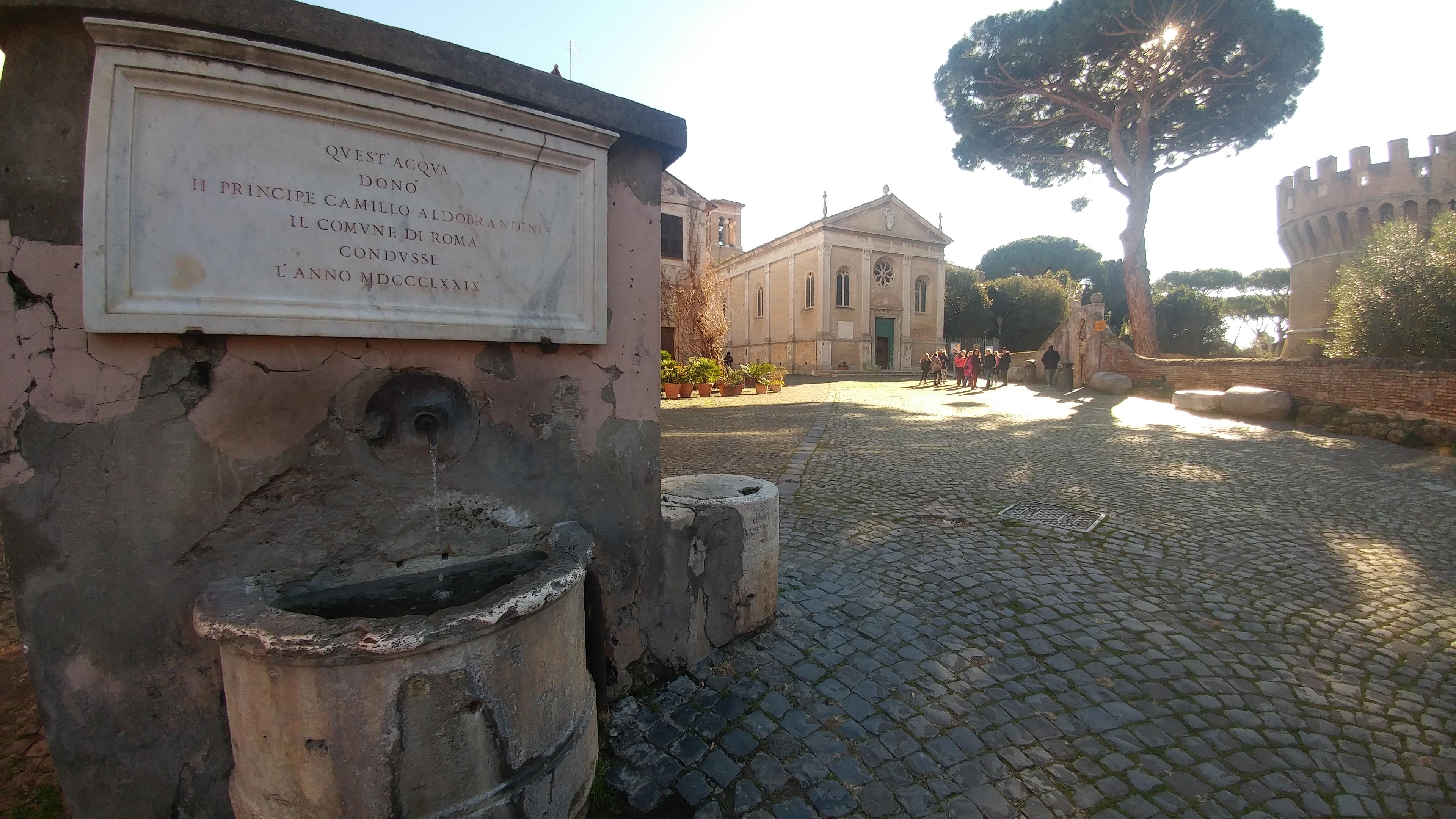 Ostia antica, il borgo e il castello di Giulio II