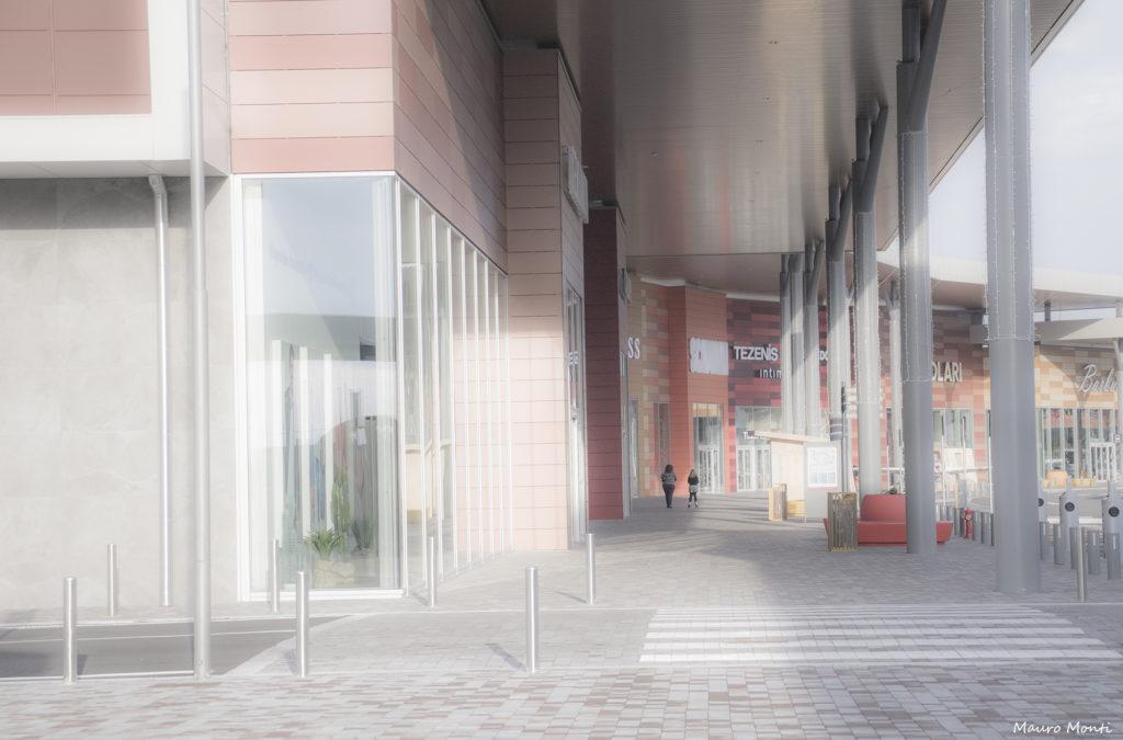 Centro commerciale - (c) Mauro Monti
