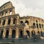 Guarda, il Colosseo!
